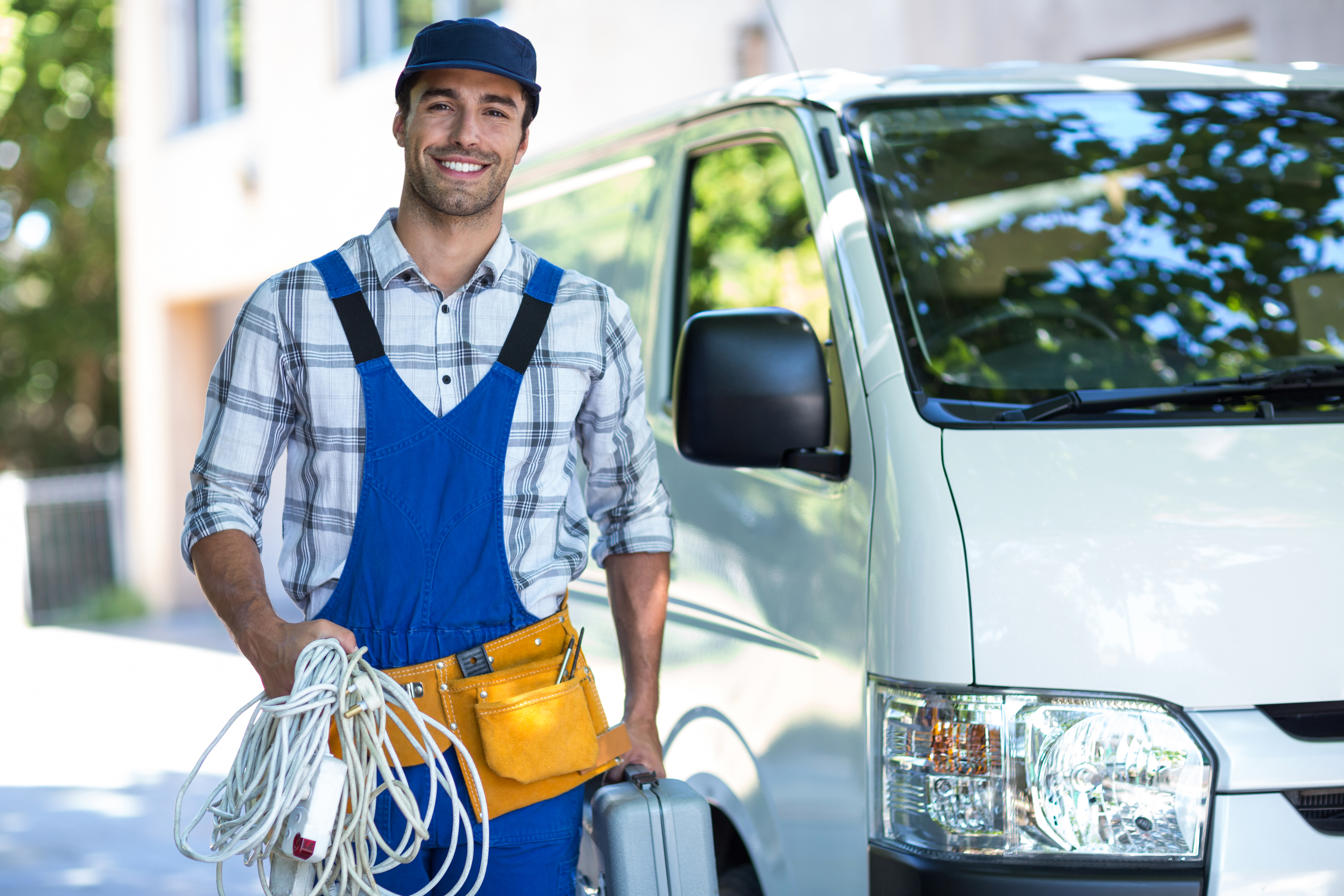 8 Tips for Organising an Electrician's Van